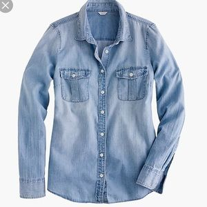 J.Crew PERFECTLY WORN IN Keeper Chambray Shirt